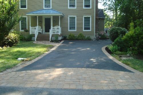 Asphalt driveway with paver border pictures videos hairy for Driveway apron ideas